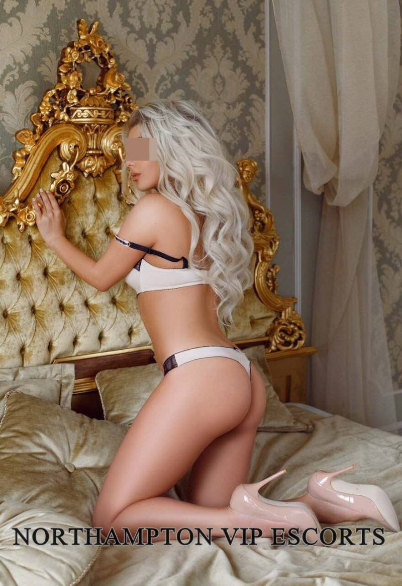 xxxparty vip escorts northampton