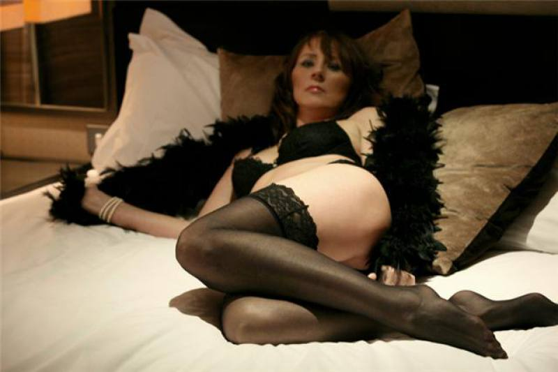 no strings attached escorts available